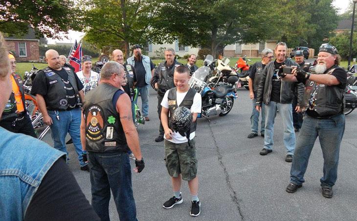 sean-maehrer-escorted-bikers-first-day-school-04