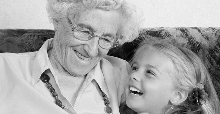 4-åringen forklarer hva en bestemor er – Vi bør alltid huske ordene hennes