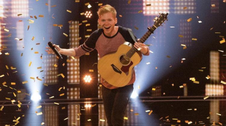 «Den neste Ed Sheeran» får gullknappen etter å ha fremført en sang som bærer et sterkt budskap