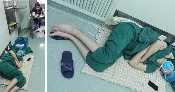 Kirurgen ble tatt for å «sove på jobb» – Viste seg at han hadde gjennomført 5 operasjoner på 28 timer