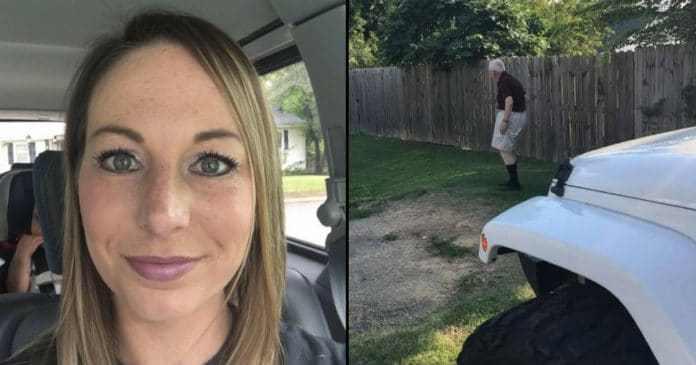Hun blir forvirret når mannen hennes plutselig hopper ut av bilen – når hun ser hvorfor begynner hun å gråte