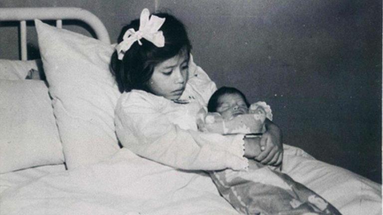 Verdens tristeste verdensrekord – Denne jenta ble mor i en alder av 5(!) år