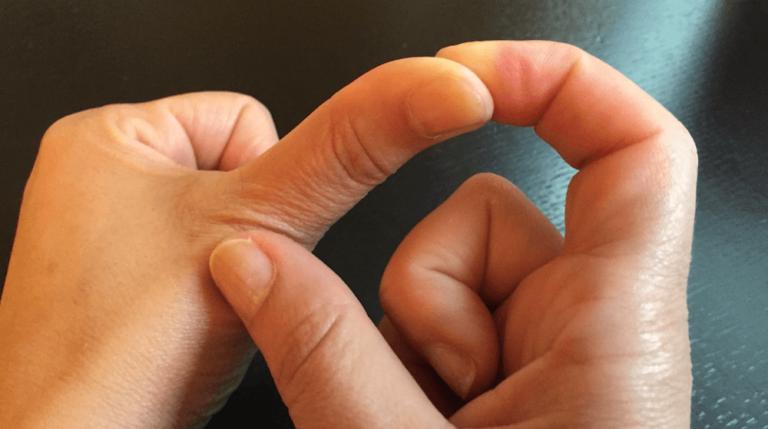 Visste du at det å knekke fingrene dine i ett minutt kan gi deg store helsegevinster?