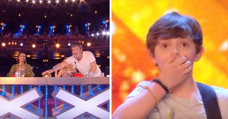 Far og sønn synger om et viktig tema – Minutter senere slår Simon på gullknappen